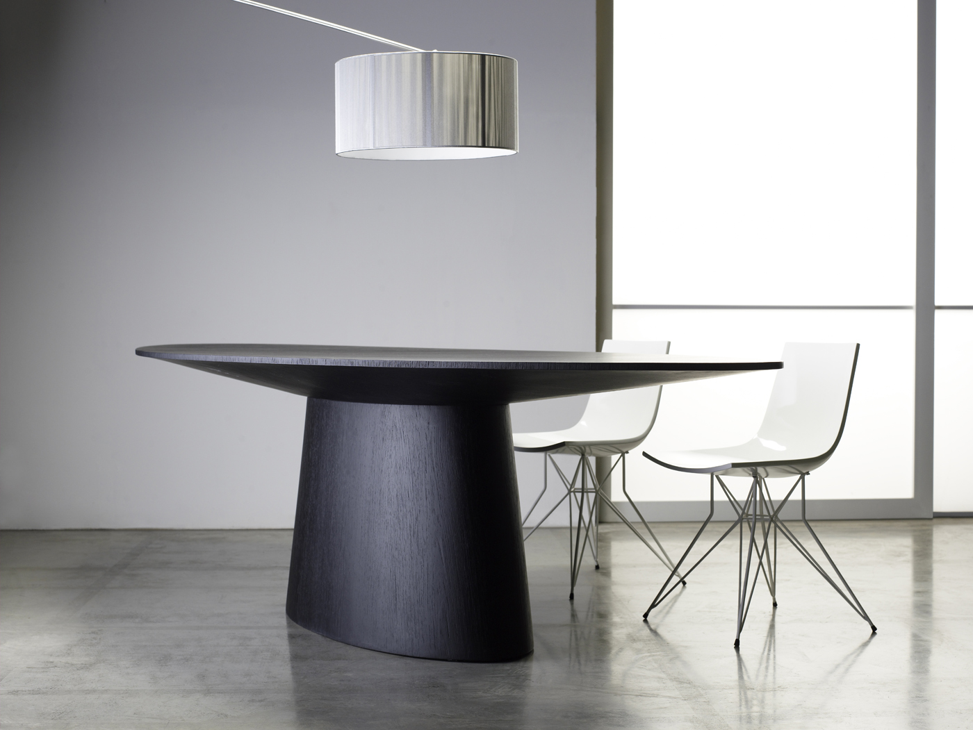 Sullivan Dining Table